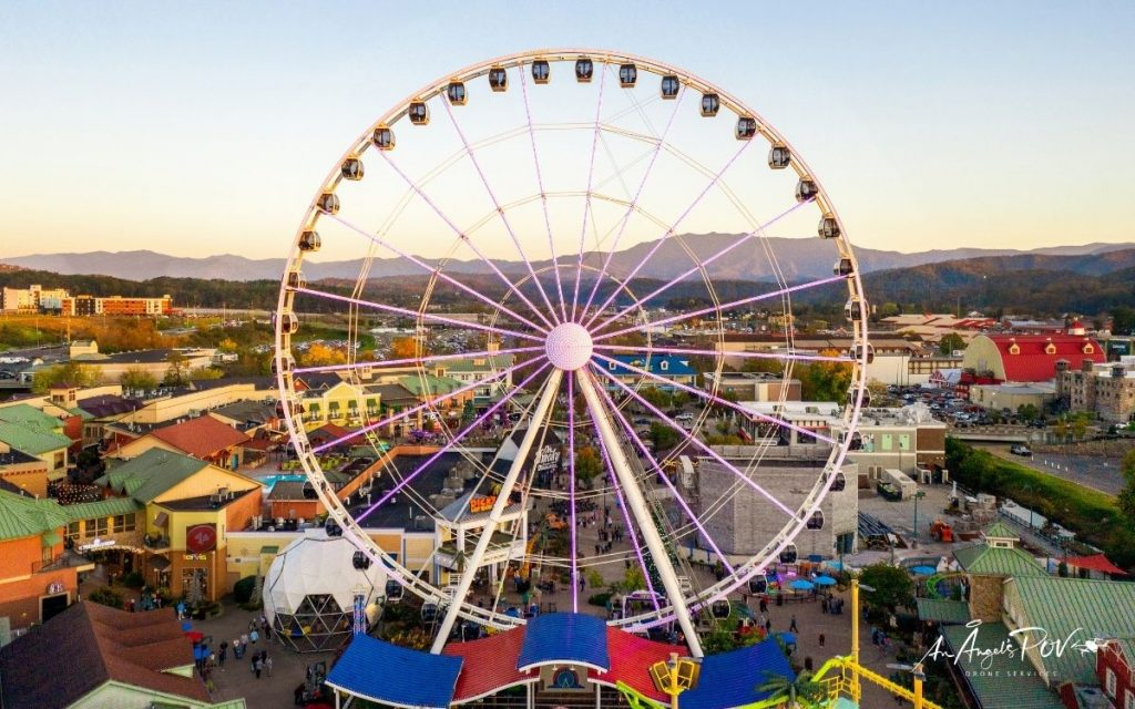 Ride the Great Smoky Wheel on the Island